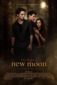 Download The Twilight Saga: New Moon (2009) {Hindi-English} 480p [350MB] || 720p [850MB] || 1080p [3.7GB]